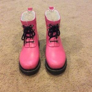 Ilsa Jacobsen pink lace-up rain boots